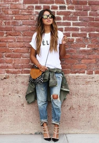 7 Street Style Outfit Ideas with Ripped Jeans That You'll Have Fun…