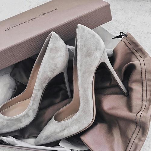 footwear, shoe, fashion accessory, leather, bag,
