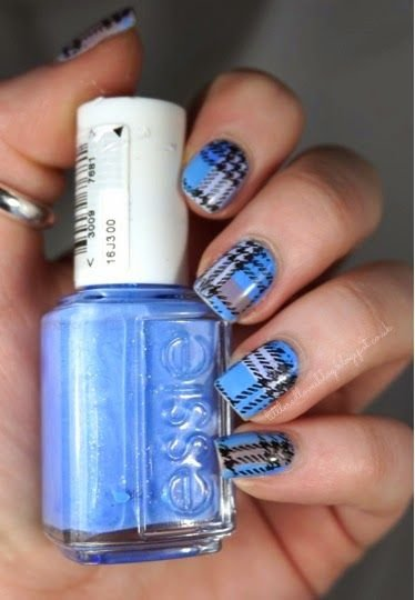 Your favorite plaid 39 awesome plaid nail art designs for your your favorite plaid nail prinsesfo Choice Image