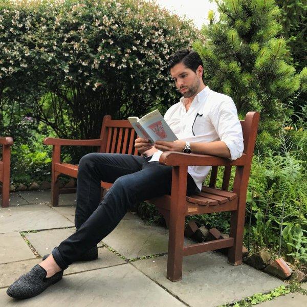 sitting, furniture, tree, shoulder, garden,