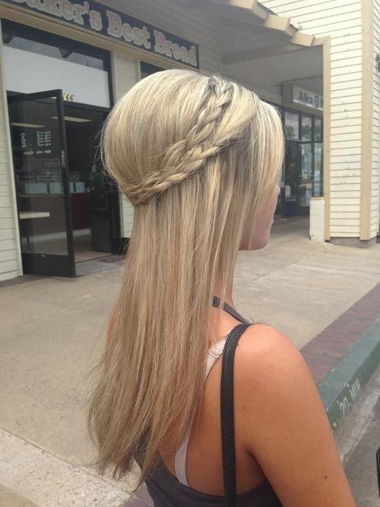 hair,blond,hairstyle,clothing,long hair,