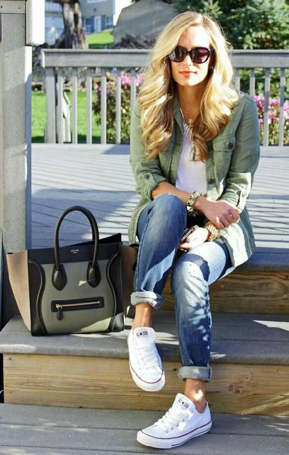 Comfort Calling: Rolled up Jeans