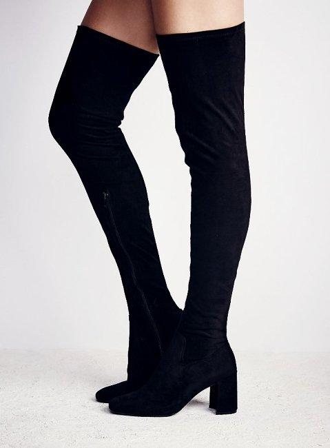 clothing, footwear, leg, thigh, arm,