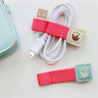 21 cute ways to keep your cords tidy diy Charger cord organizer diy