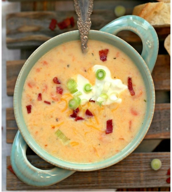 16. Slow Cooker Skinny Loaded Potato Soup - Our Favorite 48 Skinny…