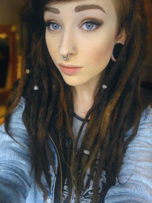 hair,face,black hair,nose,hairstyle,