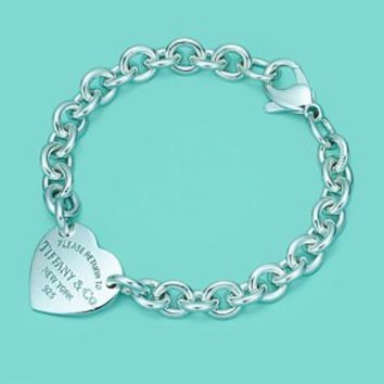 Return to Tiffany Medium Heart Tag on a Bracelet in Sterling Silver