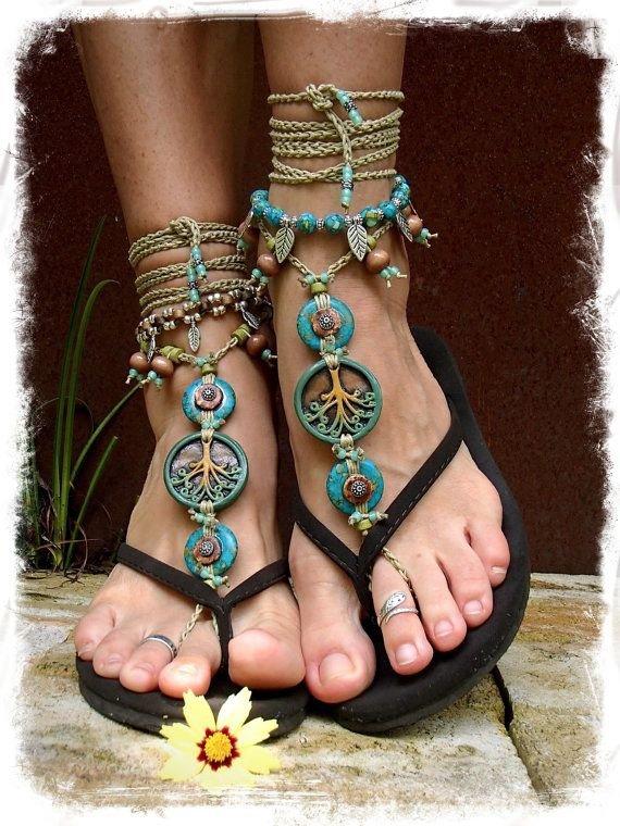 footwear,leg,fashion accessory,sandal,spring,