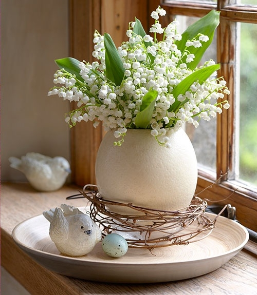 For All Of Hydrangeas And Simple Clean Cut Arrangements This White Green Cer Lily Alstroemeria Along With Complimenting