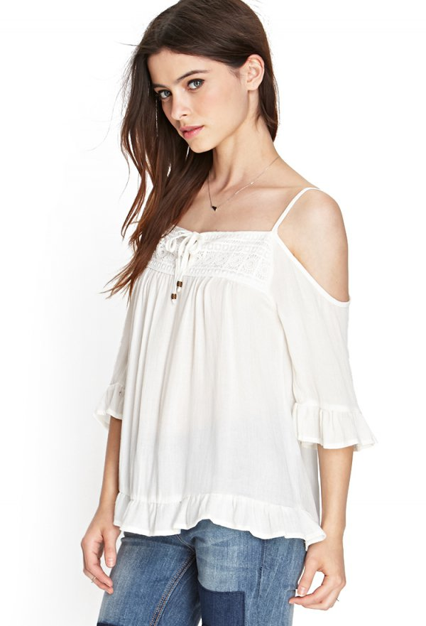 clothing, white, joint, shoulder, sleeve,