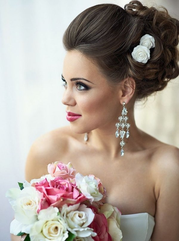 bride,hair,woman,bridal accessory,clothing,