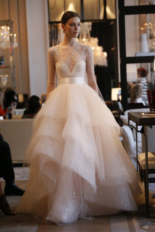 wedding dress,clothing,bride,dress,bridal accessory,