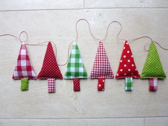 Fabric Christmas Tree Garland Bunting - 42 DIY Banners and…