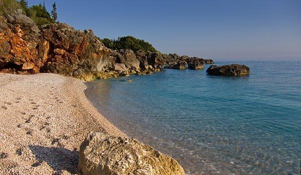 Pasqyrat Beach, Albania