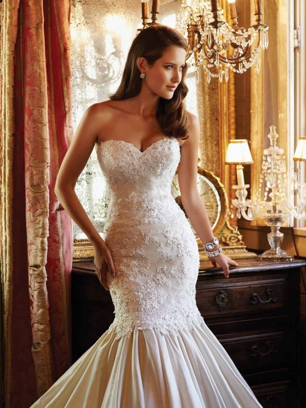 wedding dress,dress,clothing,gown,bridal clothing,