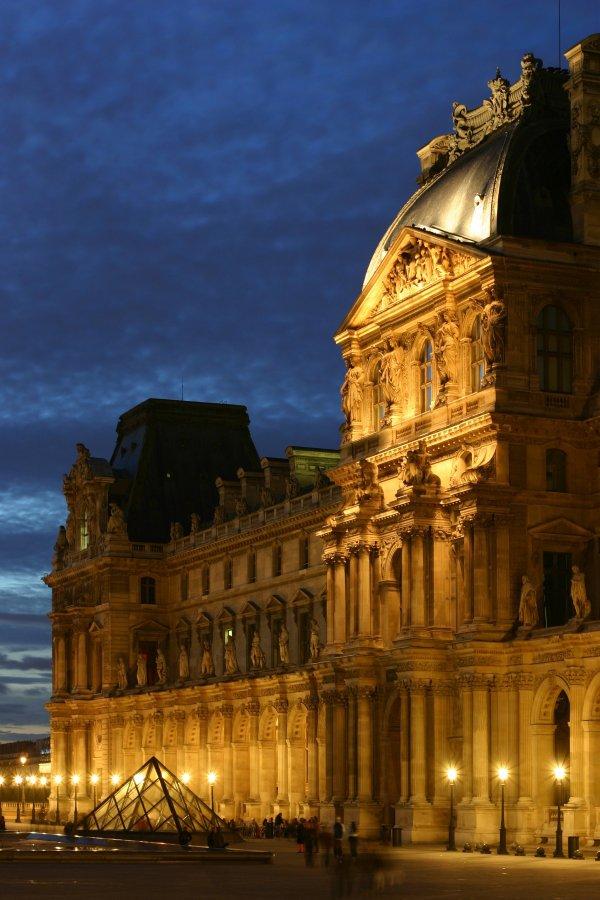 Musée Du Louvre: Paris, France