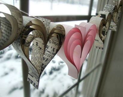 I Heart Paper Garlands...