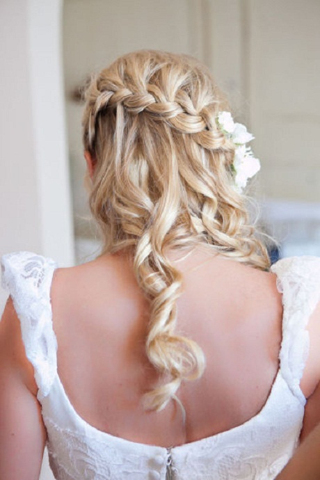 7 braided hairstyles for your big day