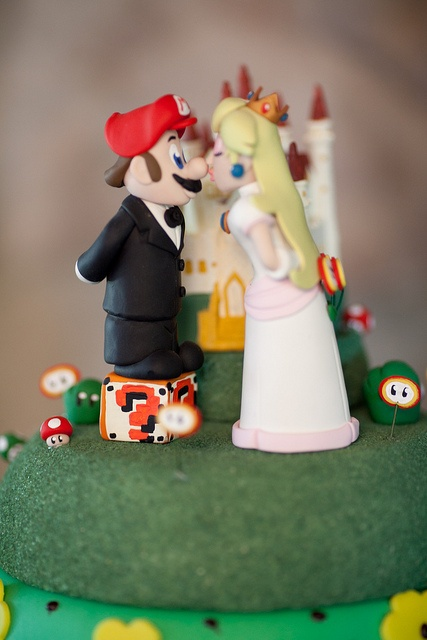 mario wedding cake. if you grew up playing super mario bros, this is one of the quirky cake toppers i know you\u0027ll love! wedding
