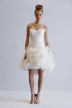 Short & Sweet Ruffle Wedding Dress...