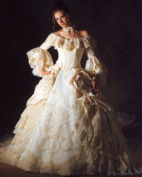 7 unusual wedding gowns for Marie antoinette wedding dress