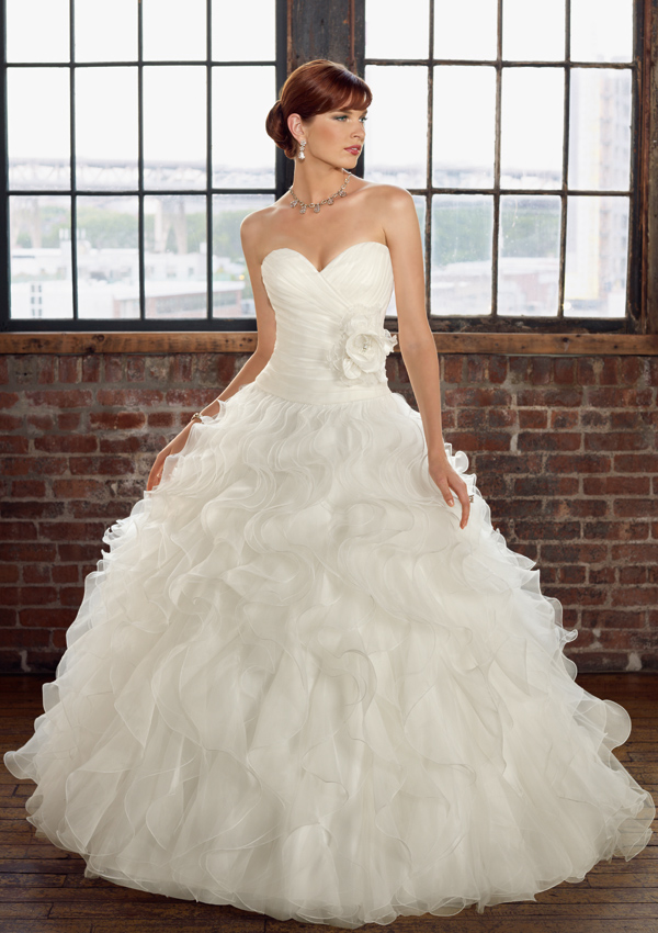 7 playful ruffle wedding dresses for Pretty ball gown wedding dresses