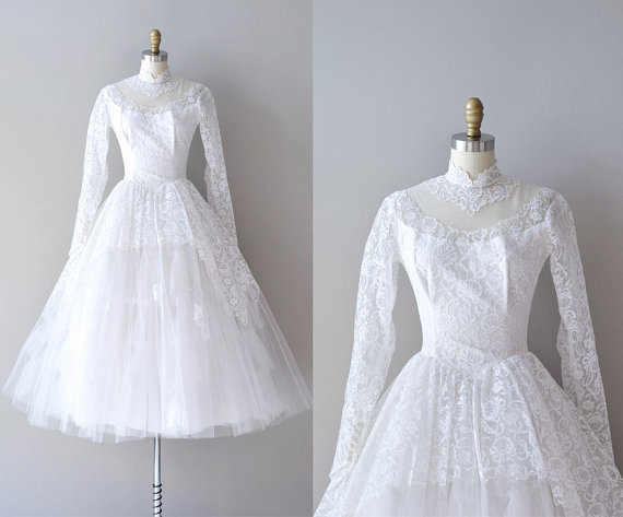 1950s Lace Vintage Wedding Dress