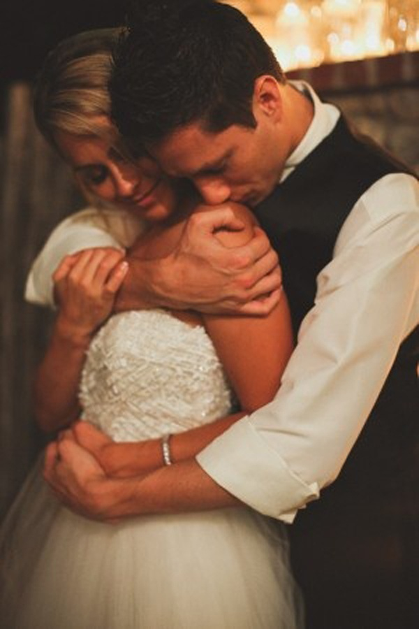 Romantic bedroom ideas for her - Top 10 Most Romantic Wedding Photo Ideas Wedding