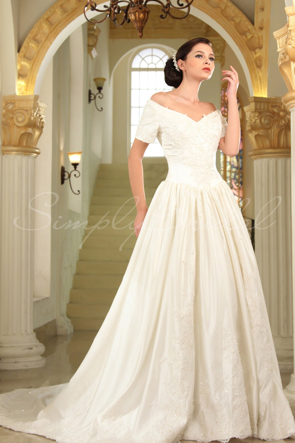 Charmant If You Are Planning A Huge Event For Your Second Wedding, This Gorgeous Gown  Might Be The Right Choice For You. I Immediately Added It To My List Of  Wedding ...