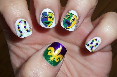 nail,finger,green,yellow,manicure,