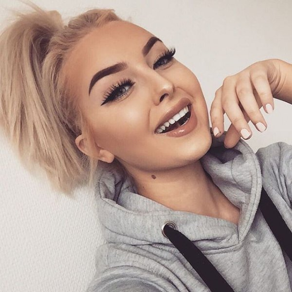 eyebrow, hair, blond, hairstyle, woman,