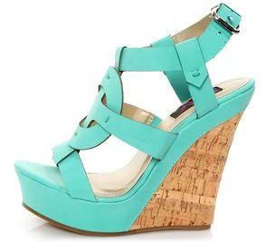 footwear,turquoise,shoe,electric blue,aqua,