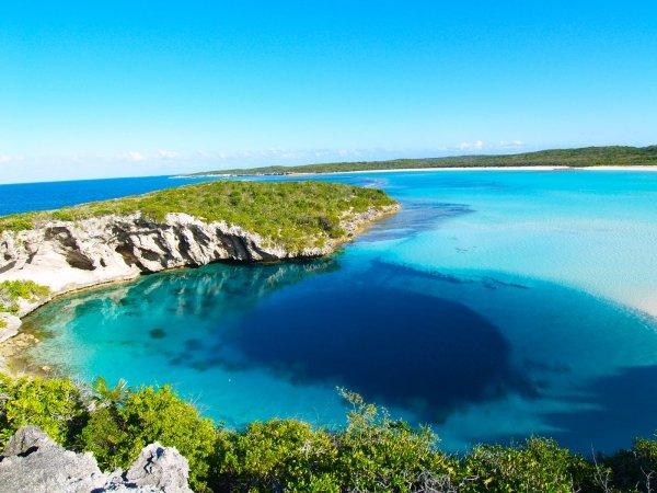 Dean's Blue Hole, the Bahamas