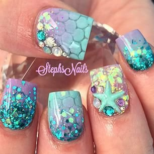 Glitter and scales 40 awesome beach themed nail art ideas to nailfingerfashion accessoryhandglitter prinsesfo Image collections