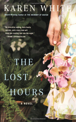 The Lost Hours – Kate White