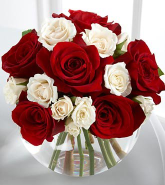 . heart of the holidays rose bouquet with godiva  top  ftd flower…, Beautiful flower