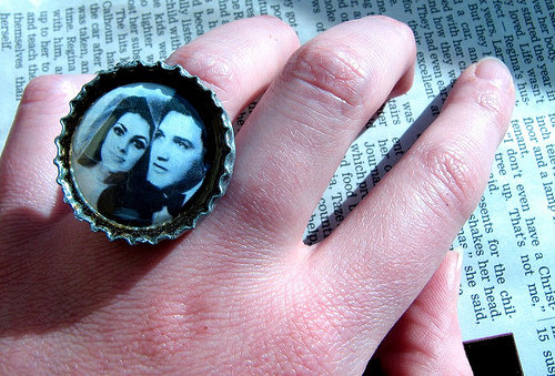 You Could Get an Elvis Wedding Package!