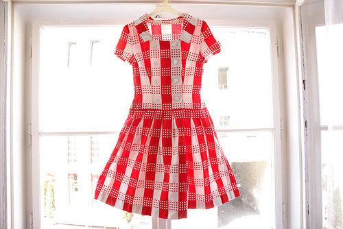Customize 7 Tips For Buying Vintage Clothing Fashion