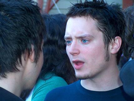 Elijah Wood est très gay