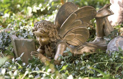 Reading Garden Fairy 7 Pretty Garden Accessories