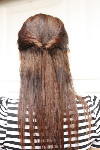 Hairstyle Quick And Easy : ... Half up  Topsy Tail - 7 Quick and Easy Hairstyles