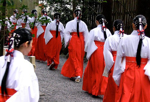 shinto religion Religion in japan is dominated by shinto (the ethnic religion of the japanese people) and by buddhismaccording to surveys carried out in 2006 and 2008, less than 40% of the population of.