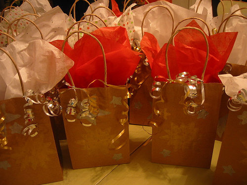 Decorate your own gift bags creative suggestions for