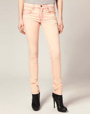 8 Hot Colored Jeans ... Fashion