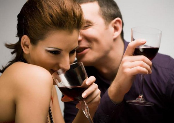 shy guys flirting signals These 10 signs a co-worker is flirting with you are usually easy to spot there are more than just ten ways to flirt, but some flirting techniques are more obvious than others.
