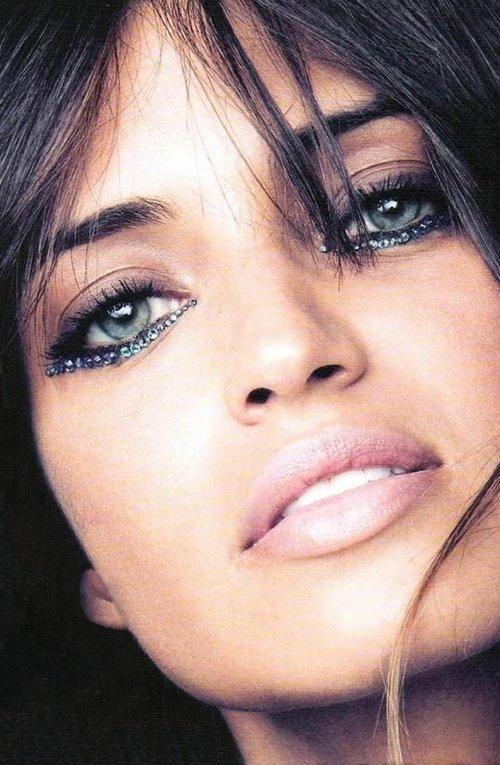 Skip the Eyeliner under Your Eyes - Makeup Tricks That'll Help You…