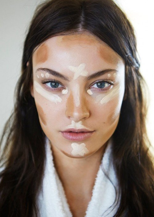 7 Makeup Tricks to Make Your Face Look Thinner ... Makeup