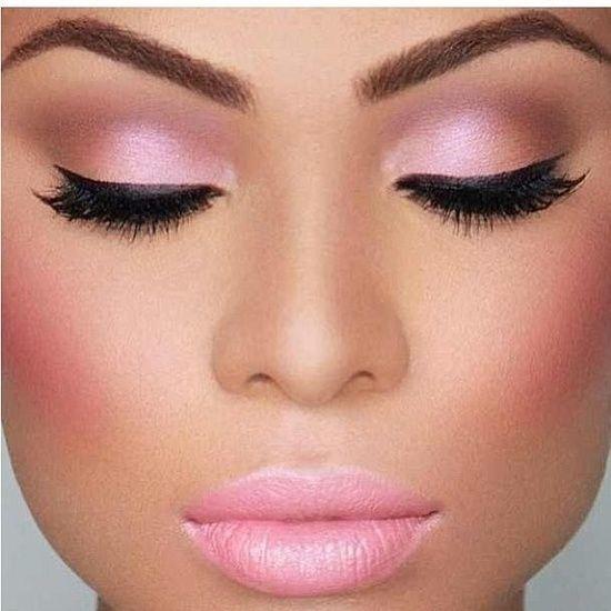rosa maquillaje