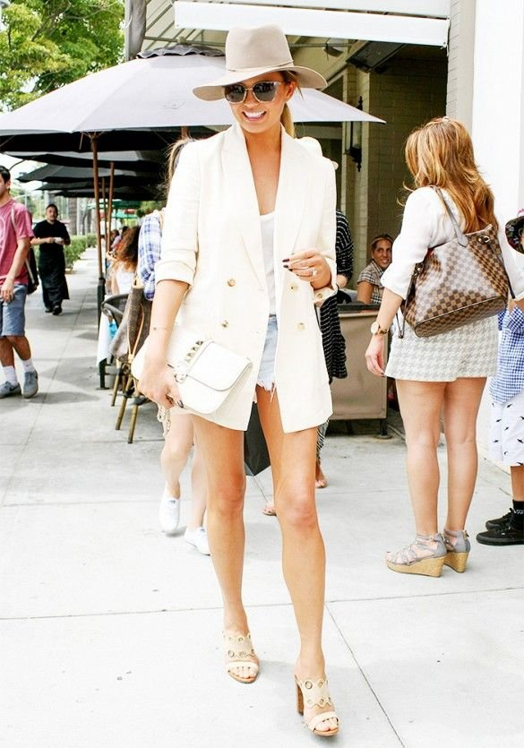 Chrissy Teigen Mixing Casual and Smart