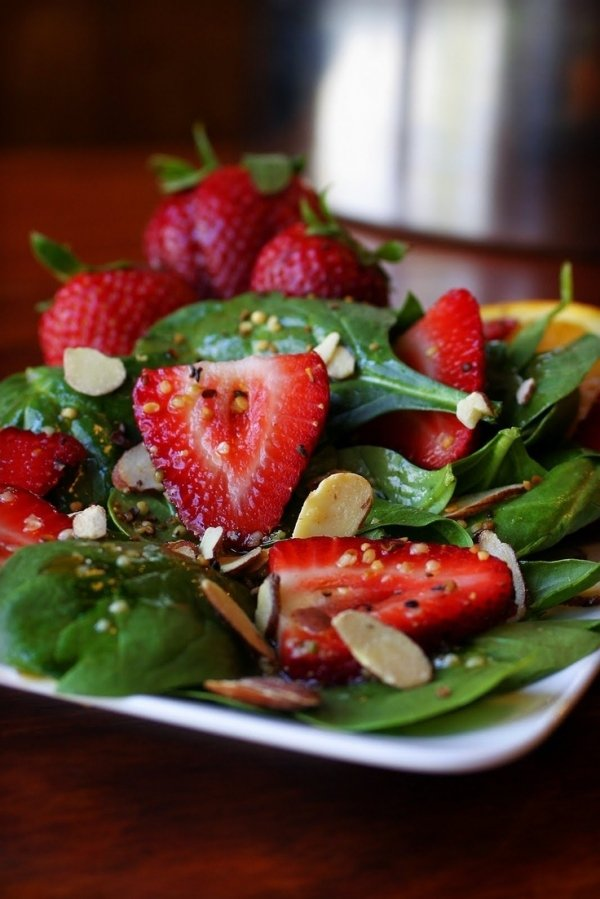 13. Spinach-Strawberry Salad - 30 Ways to Eat 🍴 the Benefits ...